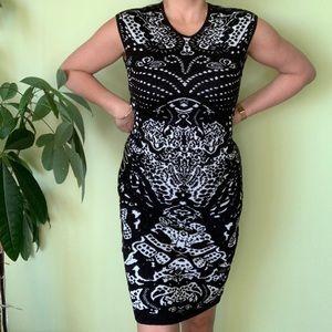 Dresses & Skirts - Tristan Black dress
